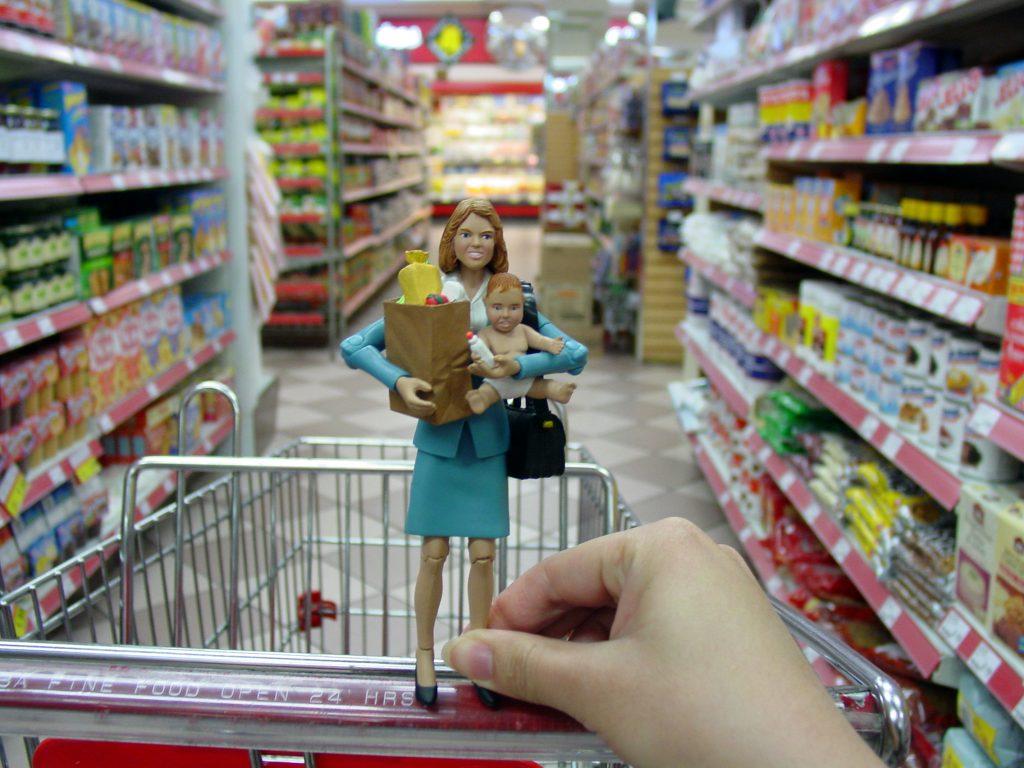faire les course avec un bébé au supermarché